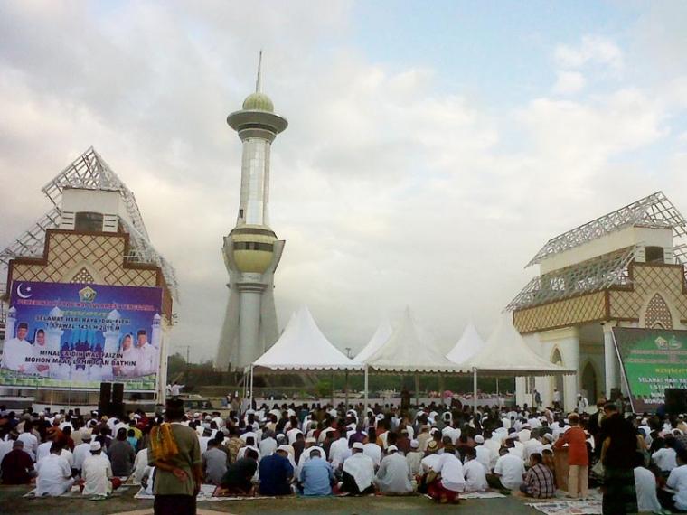 Doa Idul Fitri Menetes Air Mata