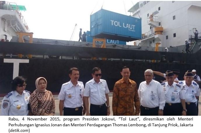 Mempertanyakan Efektivitas Tol Laut Jokowi