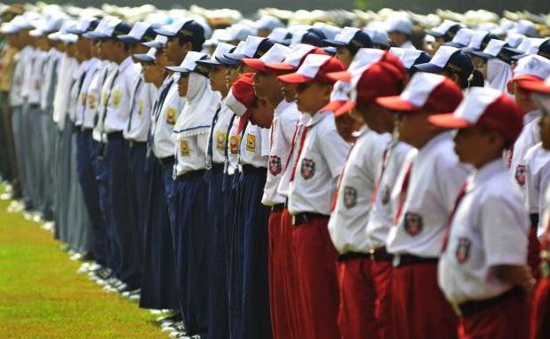 Hasil gambar untuk pendidikan di indonesia