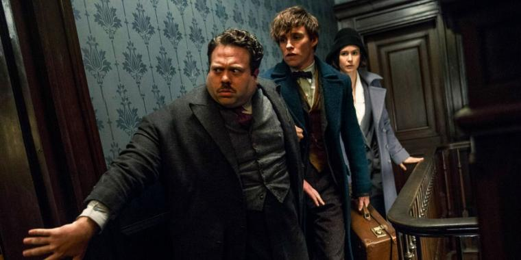 Fantastic Beasts dan Sekotak Popcorn yang Habis Sebelum Film Bubar