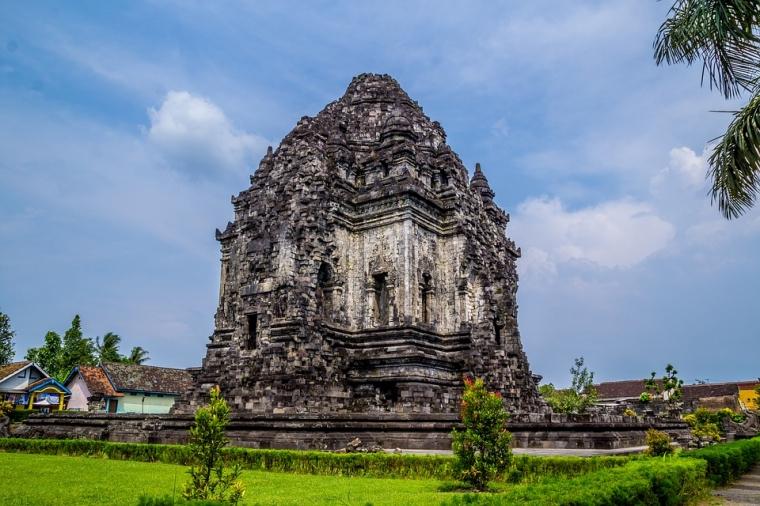 Kreatifnya Orang Indonesia dalam Memberi Nama Candi