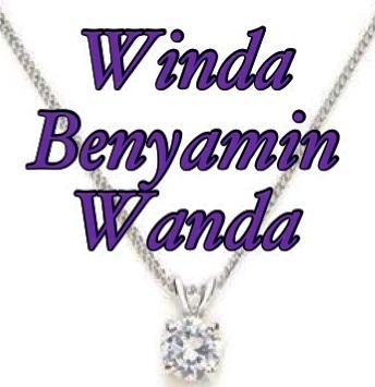 Kalung Bermata Berlian untuk Winda