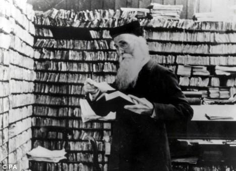 Mengenal 'Mantra' Penyusun Kamus Inggris Oxford Pertama, Henry Murray