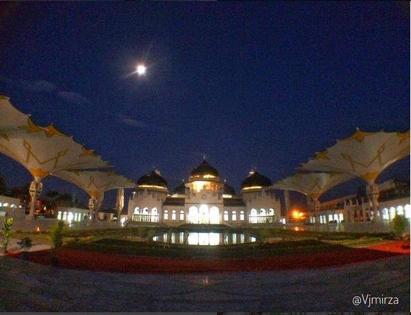 Perluasan Masjid Raya Baiturrahaman, Aceh, Siapa yang di Untungkan?
