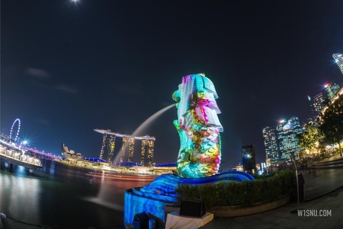 Warna Warni I Light di Marina Bay Singapura