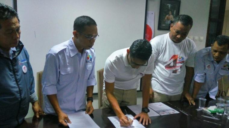 Buruh Dukung Anies-Sandi dengan Kontrak Politik