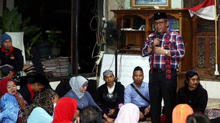 Menelisik Gagasan Pembentukan Pasukan Merah Pembersih Masjid