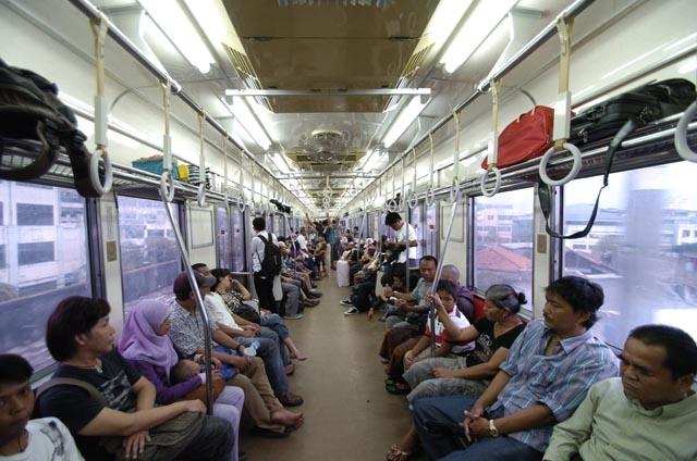 Big Data untuk Commuter Line
