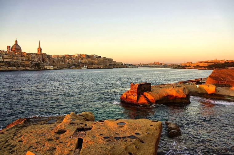 Malta: Negara Mini, Bahasa Arab-Ing-talia dan Lokasi Syuting Banyak Film