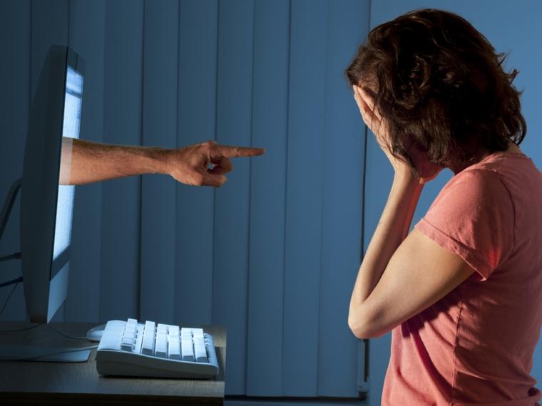 """Stop """"Sharing"""" Tayangan Kekerasan! Belajar dari Kasus """"Live Streaming"""" Bunuh Diri via Media Sosial"""