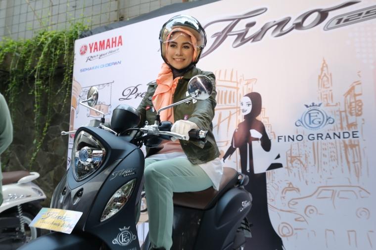 Cukup Tekan Satu Tombol untuk 'Memanggil' Yamaha Fino Grande