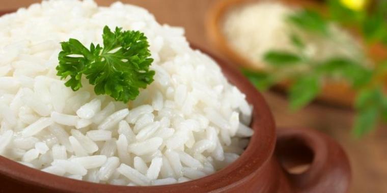 """Bepergian dengan """"Rice Cooker"""" Mini demi Otoritas Menanak Nasi"""