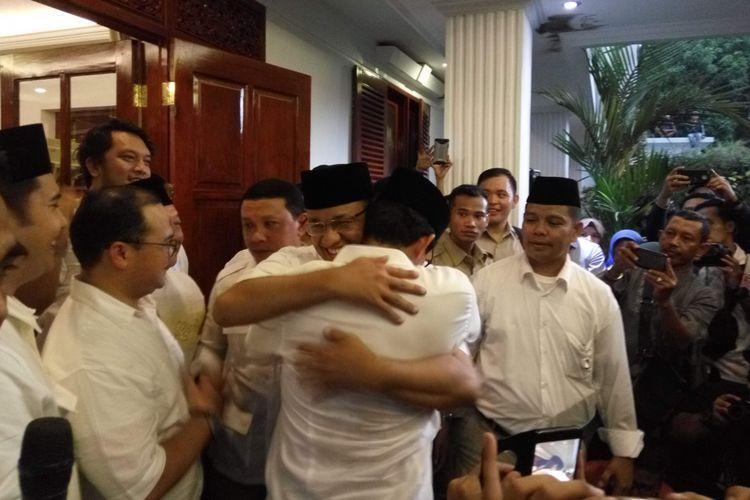 """Pilkada Jakarta, Demokrasi dan Runtuhnya """"Premanisme Politik"""""""