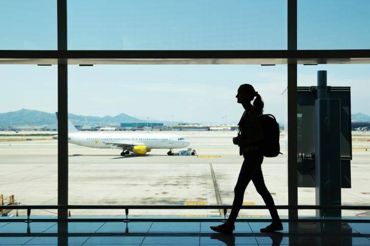 Menantang Anak Remaja Naik Pesawat Seorang Diri