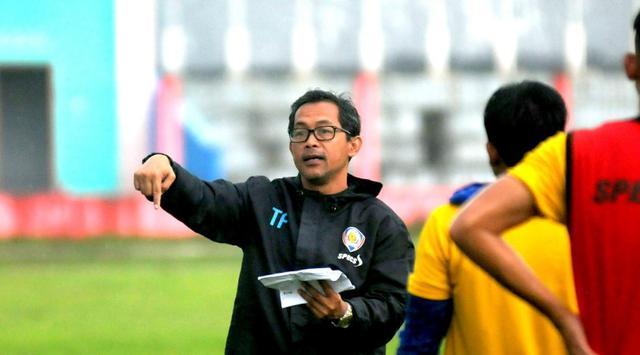 Kualitas Kepelatihan Aji Santoso bersama Arema hanya di Piala Presiden