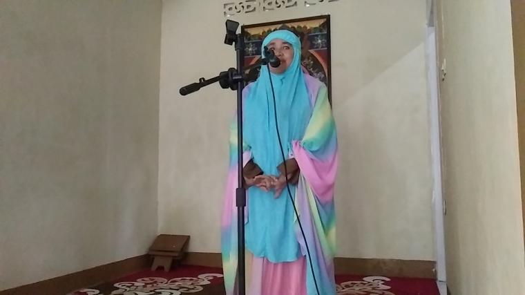 Meski Tak Dijadwalkan, Ibu Pengawas PAIS Ini Pun Bawa Kultum Di Mushallah Kemenag Bantaeng
