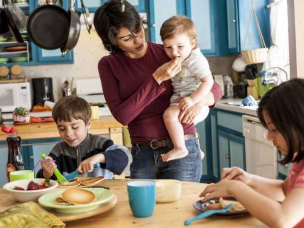 Pekerjaan Ibu Bukan Pekerjaan Biasa