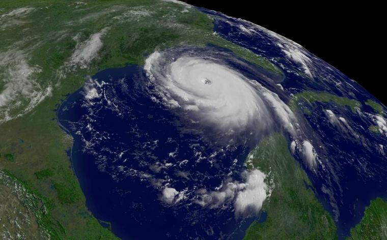 Mengapa Badai Tropis Diberi Nama Wanita dan Pria?