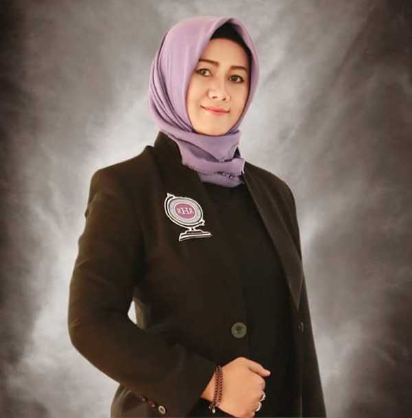 Lia Mutisari, Sang Adjudicator Record Holders Republic (RHR)