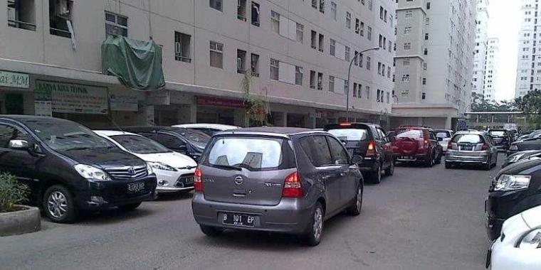 Masih Ingat Soal Rencana Kenaikan Tarif Parkir Mobil di Jakarta? Ini Tanggapan Kompasianer