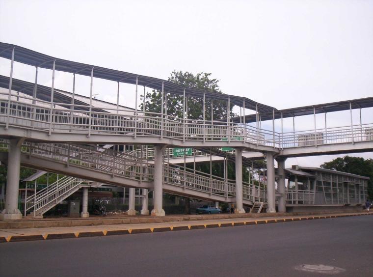 """""""Rute Aksesibel"""" pada Jembatan Penyeberangan [Juga bagi Disabilitas]"""
