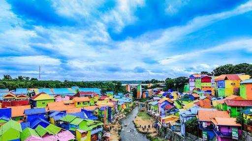 Yang Terlupa dari Fenomena Kampung Warna-warni