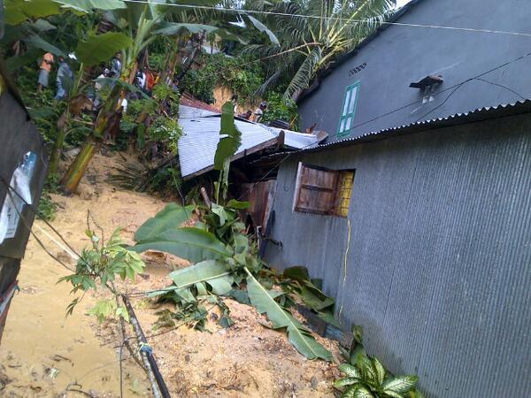 Banjir Melumpuhkan Kota Kendari