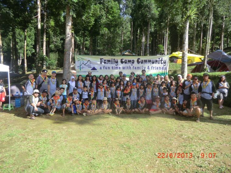 Kemah Keluarga di FCC Camp 8
