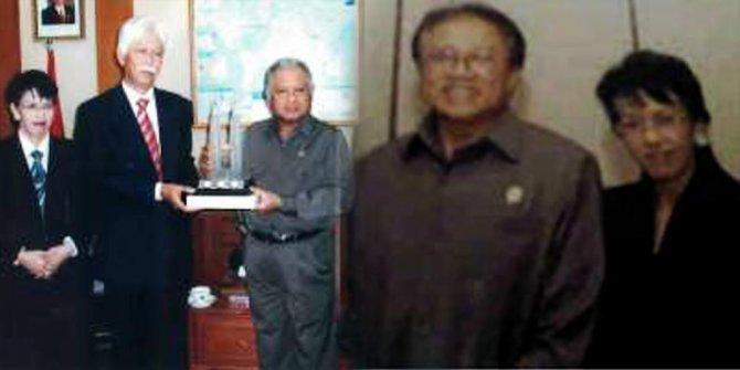 SBY dan Foto Bunda Putri dengan Ring 1