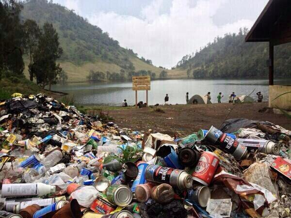 Sampah di Lokasi Wisata, Tanggung Jawab Siapa?