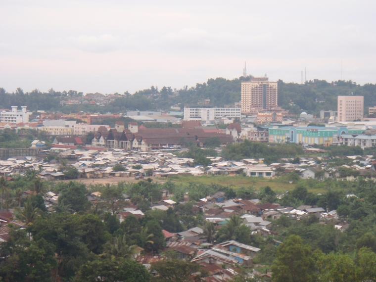 Batam, Kota Pusat Pertumbuhan yang Dipenuhi Ruli