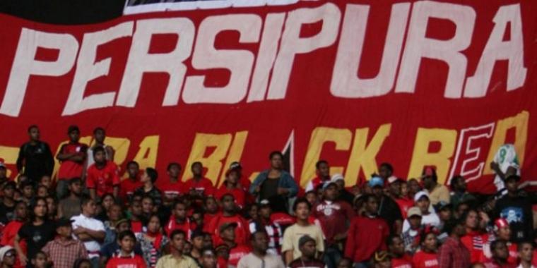 Persipura Bungkus Santos FC di Maguwoharjo Jogja