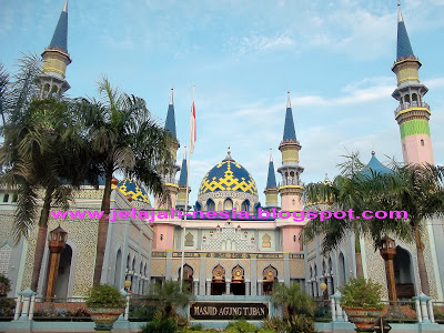 Indahnya Masjid Agung Tuban