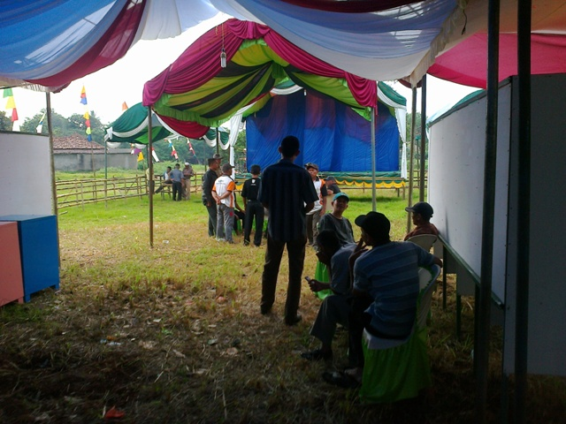 Desa Cipeucang, Cileungsi, Sukses Selenggarakan Pilkades 2013