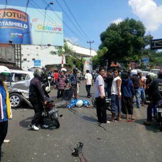 Kecelakaan Beruntun dalam Hari Jadi Kota Semarang