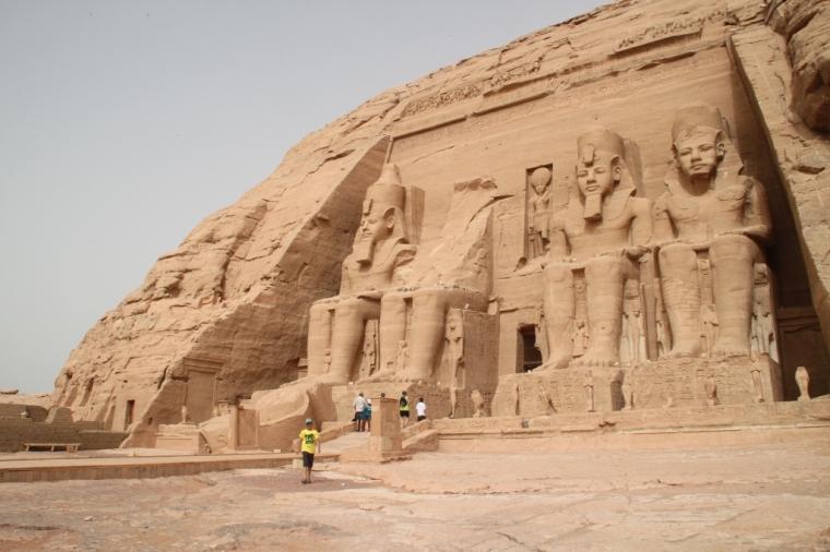 Misteri Ramses II dan Patung Paling Narsis Sedunia