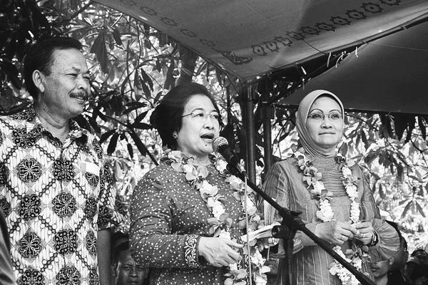 Rustriningsih Mulai Berani Melawan Megawati
