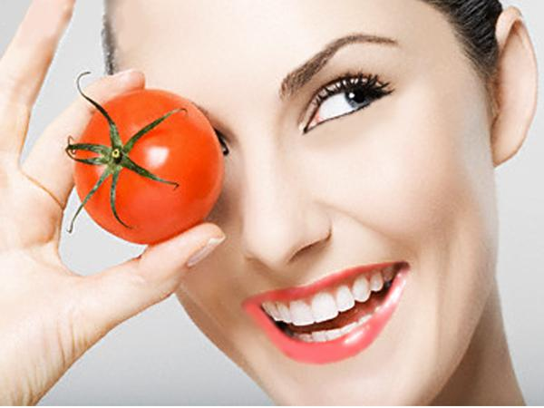 Tomat: Si Merah yang Ampuh untuk Luka Bakar Knalpot