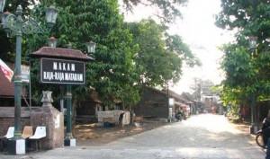 Keistemawan Makam Raja Mataram Yogyakarta di Mata Abdi Dalem