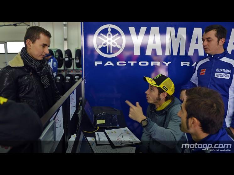 Daftar Pembalap Resmi MotoGP 2013