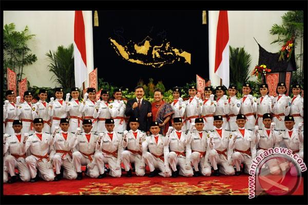 Foto dan Daftar Nama Putra Putri 68 Anggota Tim Paskibraka Nasional HUT RI ke-70 di Istana Merdeka Jakarta