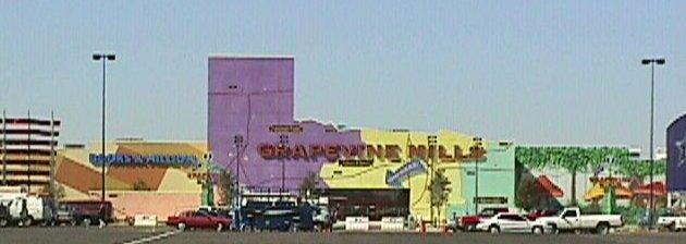 Grapevine mills mall konsep factory outlet dengan interior yang kreatif oleh christie damayanti for Interior alternatives manufacturers outlet mall