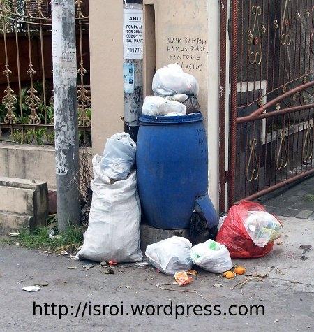 Merubah Paradigma Masyarakat Tentang Sampah