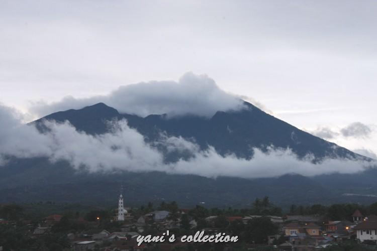 [WPC-6] Pemandangan Gunung Salak : Si Misterius yang Eksotis