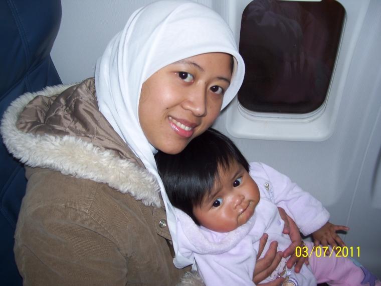 Tips Naik Pesawat dengan Bayi