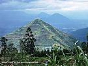 Misteri Piramida di Gunung Sadahurip Garut