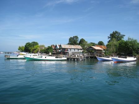 Indahnya Laut Pulau Saugi