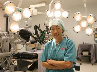 Dr Susan Lim: Kembalikan $14 Juta Biaya Pasien Kanker Payudara Royal Brunei Family?
