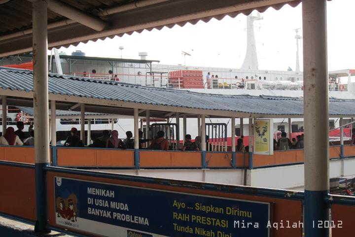 [Breaking News] Dini Hari Kapal Bahuga Tenggelam di Selat Sunda