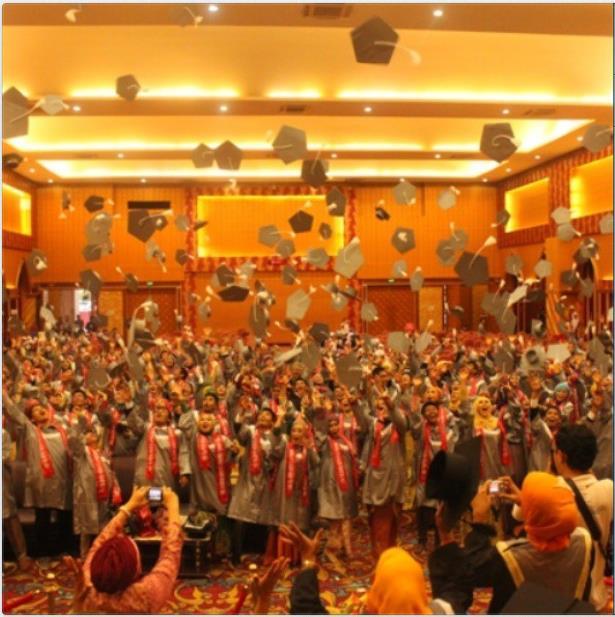 """SMA 3 Padang Adakan Acara """"SMANTRI FAREWELL PARTY"""""""
